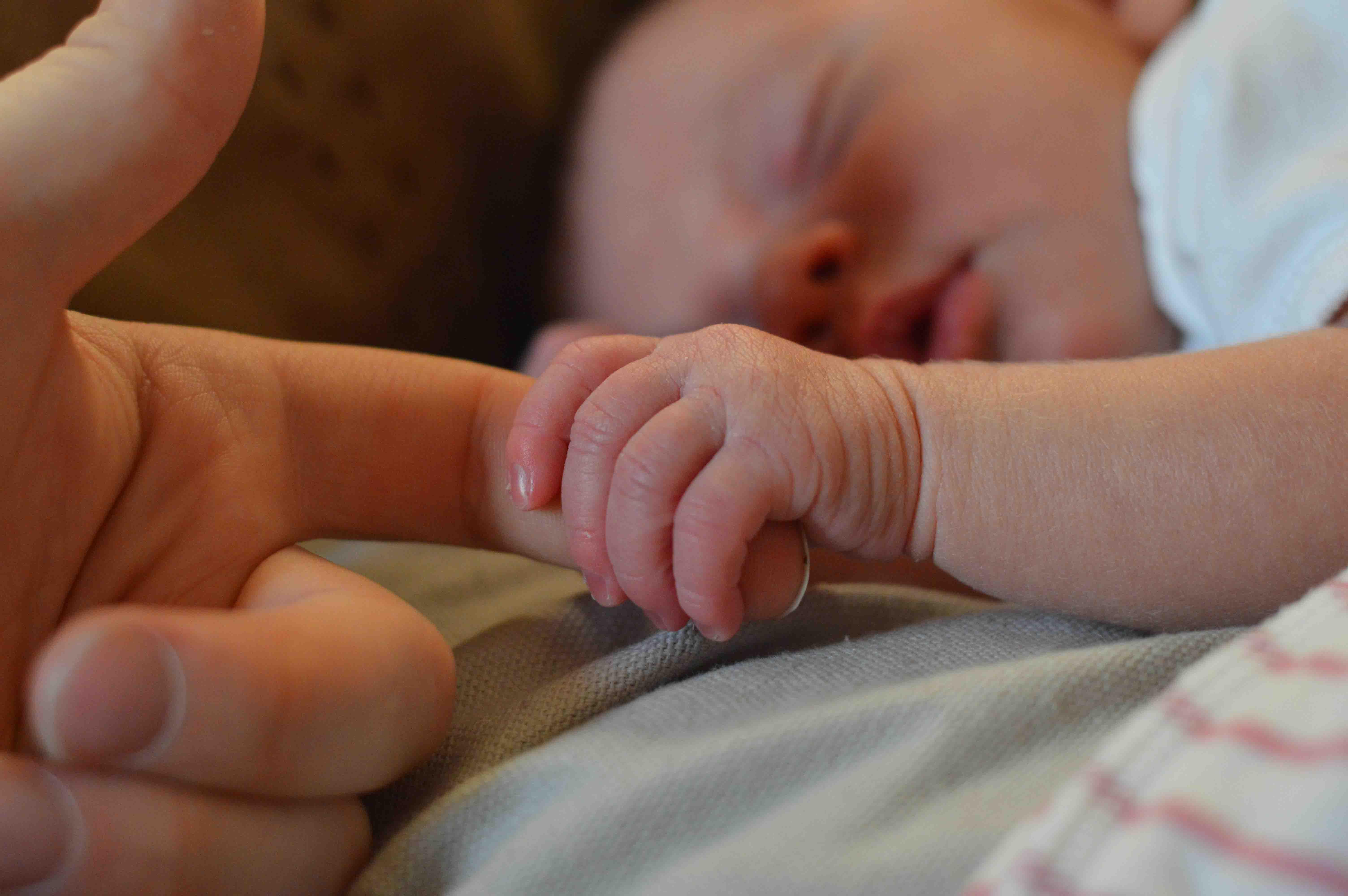 Postporođajna ili postpartalna depresija kod majki