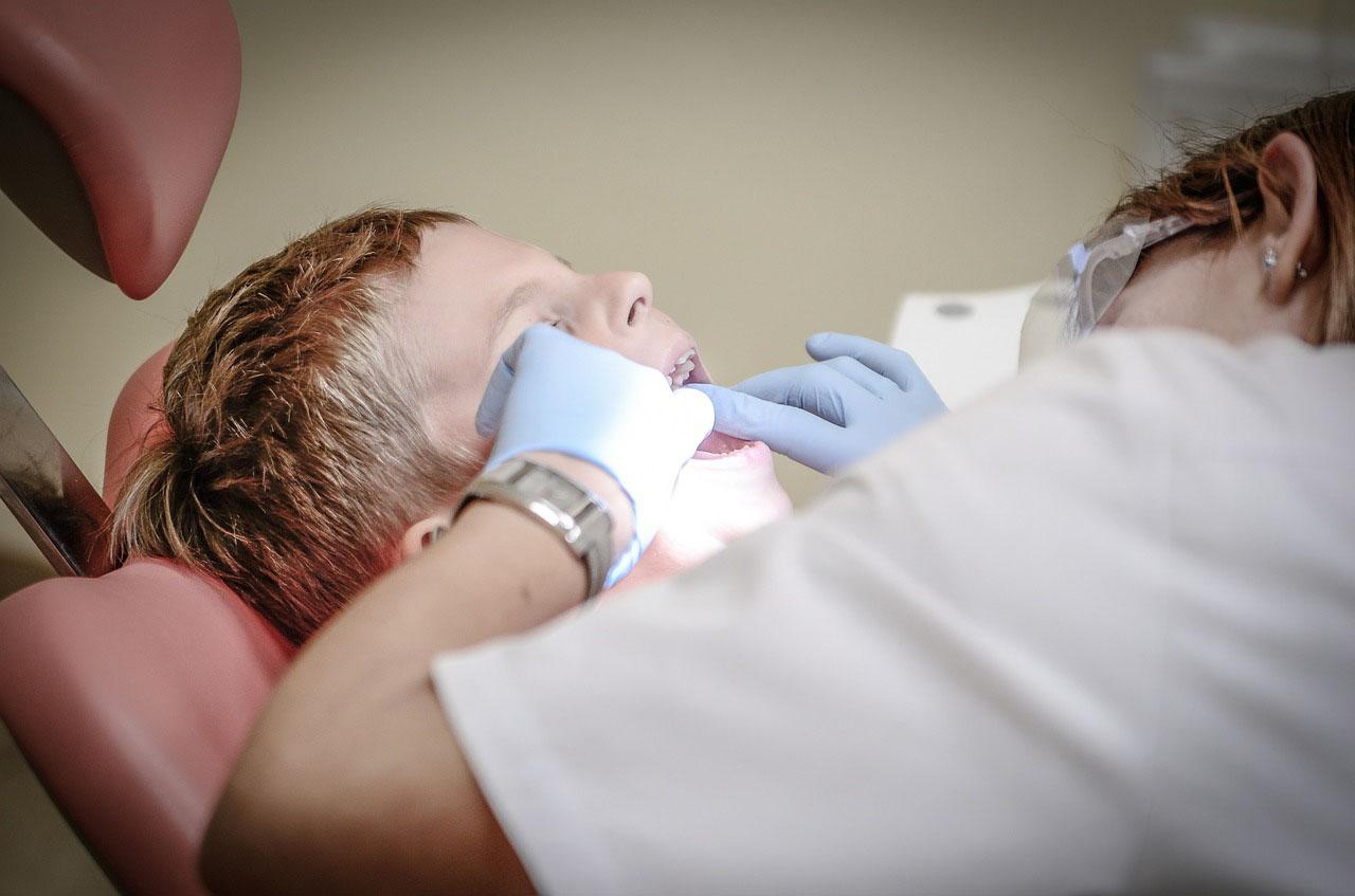 Zubi i nastanak karijesa